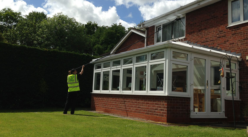 residential-window-cleaner-lancashire