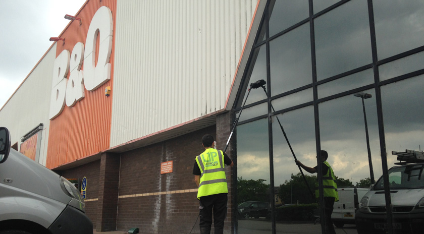 professional-commercial-retail-window-cleaning-wigan-bolton-lancashire