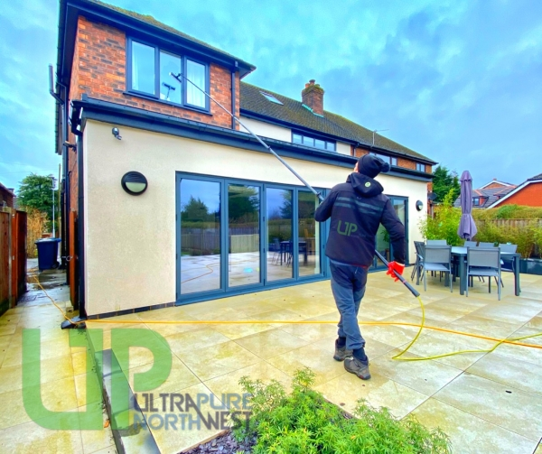 Window Cleaning in Westhoughton Bolton