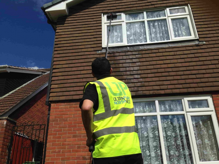 Window Cleaning Franchise Opportunity in Wigan and Bolton.